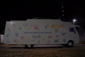dsc 0077 300x200 Google Introduces Internet Bus in India